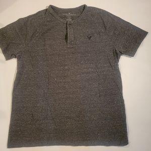American Eagle grey T-shirt size medium